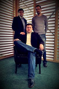De gauche à droite: Dmitri Chouvaev, Andreï Klimenko, Alexeï Klimenko. Crédit photo: Pressphoto