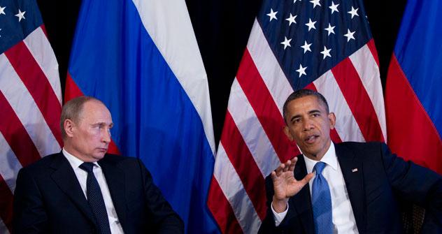 Le président russe Vladimir Poutine et son homologue américain Barack Obama lors du sommet du G20 à Los Cabos, au Mexique. Crédit photo: AP
