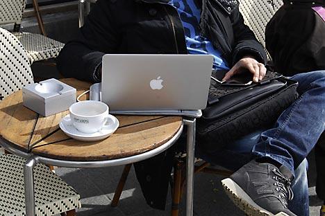 La majorité des dirigeants d'entreprise russes pensent que leurs sous-traitants travaillent moins bien que leurs employés de bureau. Crédit photo: Itar-Tass