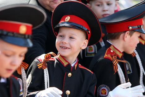 Beaucoup d'élèves du corps de cadets d'Orenbourg auront la chance de partir en stage cet été à Moscou et à Saint-Pétersbourg. Crédit photo: Itar-Tass