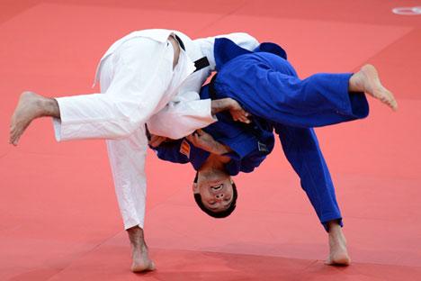 Le recrutement de l'entraîneur italien Ezio Gamba, médaillé d'or dans la catégorie des moins de 71 kgs aux Jeux olympiques de Moscou en 1981 a constitué une étape décisive dans la formation des judokas russes. Crédit photo: Vladimir Baranov
