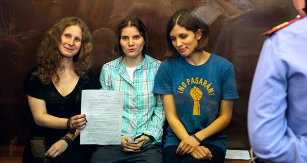 Die Mehrheit der Russen empfindet das Urteil gegen Pussy Riot als ungerecht und zu hart. Foto: AP