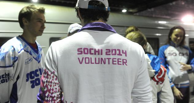 La majorité des candidatures émane de jeunes russes de 17 à 22 ans. À Londres, l'âge moyen des volontaires était un peu plus élevé. Crédit photo: Itar-Tass