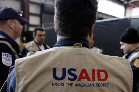 Depuis 2006, USAID et le département d'état ont dépensé en projets dans la Fédération de Russie 861,8 milliards de dollars. Crédit: AP