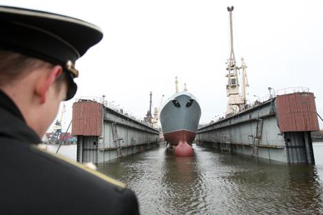 Les officiers navals russes doutent que les superstructures de la nouvelle frégate puissent supporter les conditions climatiques sévères de la mer du Nord. Crédit: RIA Novosti