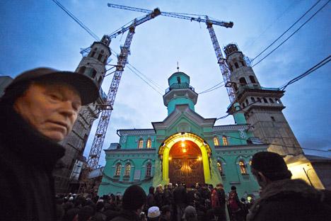 s. Le mois dernier, la mairie a annoncé qu'elle renonçait à bâtir une grande mosquée à Mitino, et ce après que 2 000 personnes se sont rassemblées dans le quartier nord-ouest pour protester contre ce projet. Crédit photo: TASS