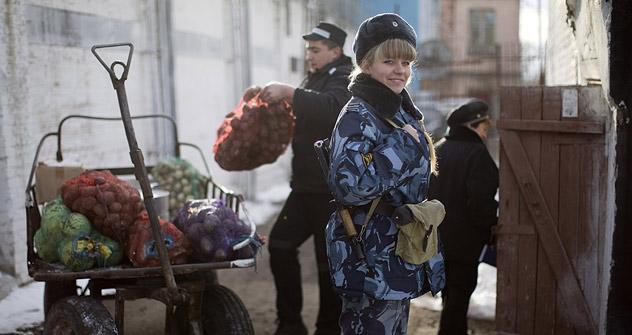 Les femmes représentent exactement la moitié du service de sécurité de la prison d'Aleksandrov. Crédit photo: Andreï Roudakov