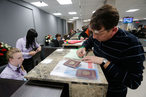 Le régime des visas entre la Russie et l'UE, un dossier épineux. Crédit: Evgeni Karaiov/RIA Novosti