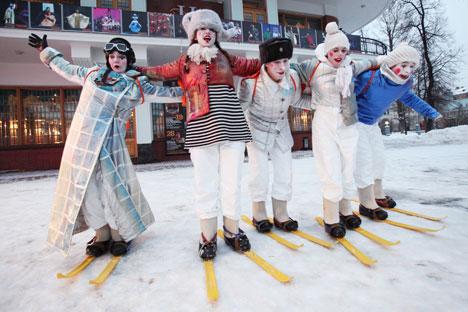 Les 22 et 23 décembre dans le jardin de l'Ermitage se tiendra la foire traditionnelle de Noël du magazine Seasons. Crédit: Ekaterina Chesnokova/RIA Novosti