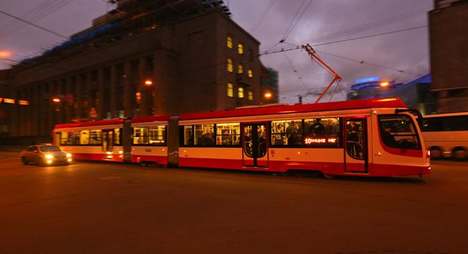 La tramway à grande vitesse à Saint-Pétersbourg. Crédit : Itar-Tass