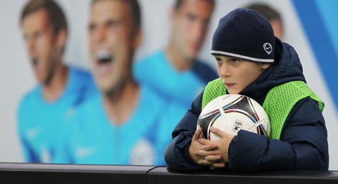 Tom Sauer, directeur de l'Ajax Football Académie en Russie : « La ligne directrice du projet est de permettre aux enfants de se divertir en jouant à la manière de l'Ajax ». Crédit : Itar-Tass