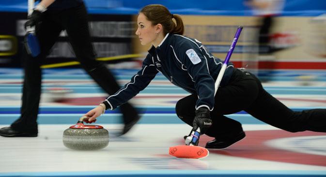L'équipe féminine russe de curling est sacrée championne d'Europe pour la seconde fois. Sur la photo, Anna Sidorova. Crédit : Reuters/Vostock-Photo