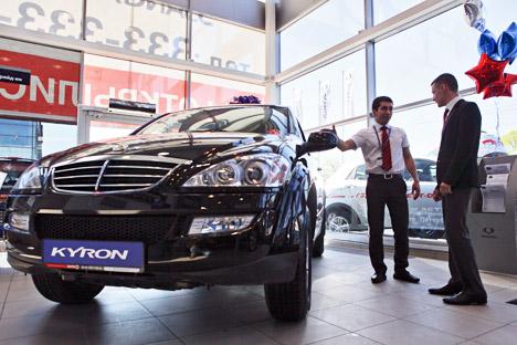 Le marché de l'automobile russe a atteint un record de ventes en 2012 en dépassant les indices d'avant la crise de 2008. Crédit : Itar-Tass
