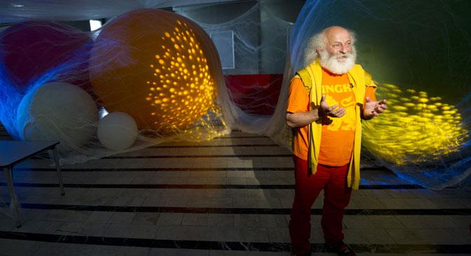 Le mime, qui habite principalement en France, envisage de récréer le Grand cirque de Saint-Pétersbourg. Crédit : RIA Novosti