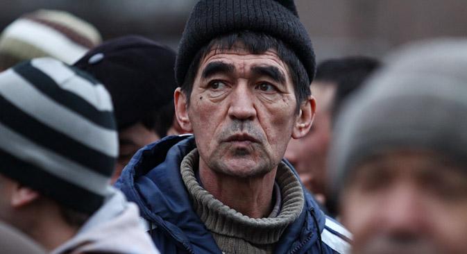 Anton Alekseev, juriste : « Les derniers changements dans la législation migratoire indiquent clairement que nous recevons à bras ouverts des professionnels qualifiés mais pas vraiment les autres migrants. » Crédit : Itar-Tass