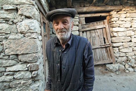 Près de 50 langues coexistent sur le territoire du Daghestan. Sur la photo, un habitant de la région de Botlikh. Crédit : Sergueï Piatakov/RIA Novosti