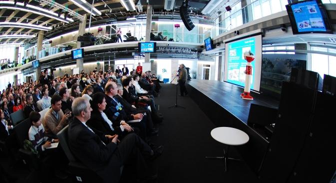 La conférence a rassemblé des spécialistes internationaux réputés, ainsi que des groupes de recherches. Source : Skolkovo