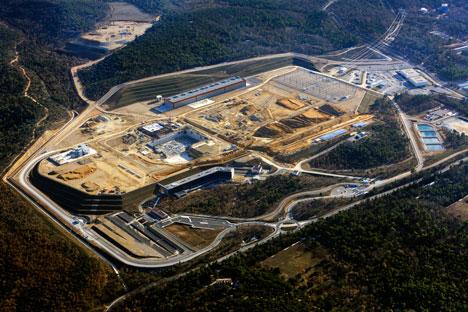 Vue aérienne du site d'ITER dans la région PACA, entre  Aix-en-Provence et Manosque. Source : Service de presse