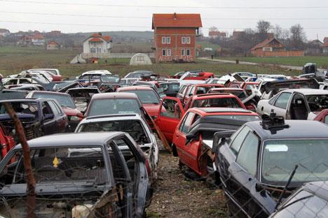 On prévoit l'annulation en Russie d'ici la mi-2013 du mécanisme de garanties pour le recyclage des automobiles, et tous les producteurs seront obligés de payer une taxe de recyclage. Crédit : Ruslan Krivobok / RIA Novosti