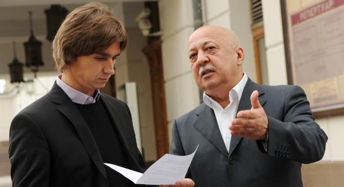 De g. à dr.: le directeur artistique du ballet du Bolchoï et le directeur général du théâtre Anatoli Iksanov. Crédit : RIA Novosti