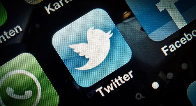 Roskomnadzor menait des négociations avec Twitter depuis l'apparition dans le registre unique des premiers liens vers des messages illégaux. Crédit photo : AP