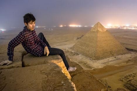 """Vadim Makhorov : """" Nous avons escaladées les pyramides, nous avons filmés de là haut et nous sommes partis sans être remarqués par personne"""". Source : Archives personnelles"""