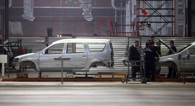 Lada Largus, la première voiture fabriquée par l'usine russe sur la plate-forme de Renault. Crédit : Getty Images/Fotobank