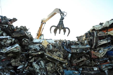 En septembre 2012, le parlement russe a voté une loi imposant une taxe de recyclage sur toutes les voitures importées. Crédit : Itar-Tass