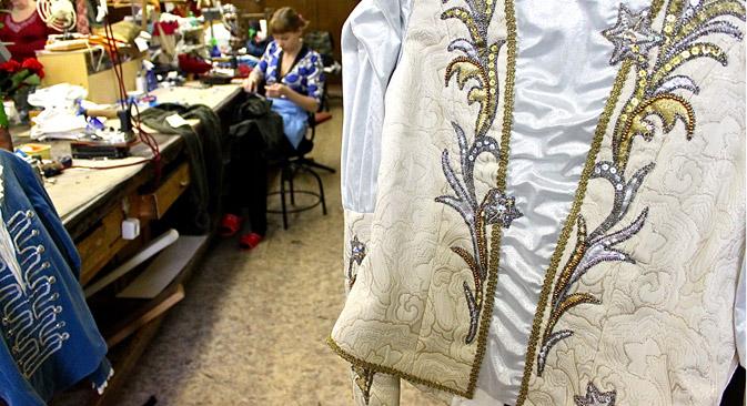 On voit à travers les costumes toute l'opulence du théâtre, et le Mariinski, avec le Bolchoï à Moscou, fait partie des plus florissants de Russie. Crédit : Pauline Tillmann