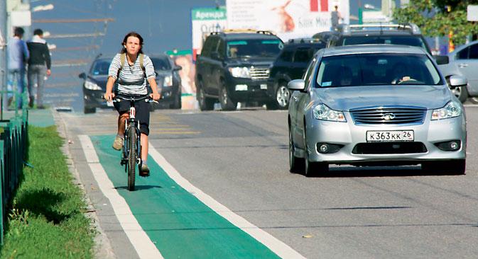 Une piste cyclable de 7,5 kilomètres sur l'avenue Vernadskovo. Crédit photo : ITAR-TASS