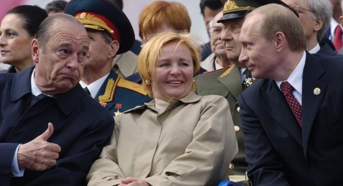 Selon Le chef du Centre pour l'information politique Alexeï Moukhine, les femmes pourraient désormais s'intéresser davantage à M.Poutine en tant qu'homme politique, ce qui pourrait augmenter sa popularité. Crédit : AP