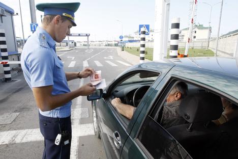 Les statistiques indiquent que les ressortissants étrangers connaissant mal les spécificités de la conduite dans les conditions russes. Crédit : Itar-Tass