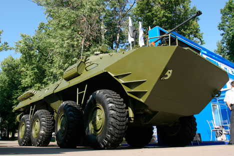 "New hybrid BTR ""Krymsk"" can move silently on molecular drives when the engines are turned off. Source: ITAR-TASS"