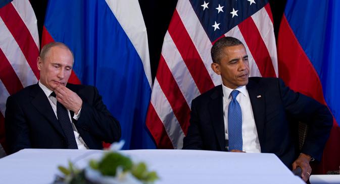 Le président américain Barack Obama et le président russe Vladimir Poutine lors d'une rencontre bilatérale dans le cadre du sommet G20 le 18 juin 2012, à Los Cabos. Crédit : AP