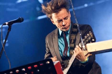 """Ilia Lagoutenko : """"Le rock russe qui mise beaucoup sur les textes a beaucoup de bonnes chansons que les gens perçoivent simplement au son"""". Crédit : Alina Platonova"""