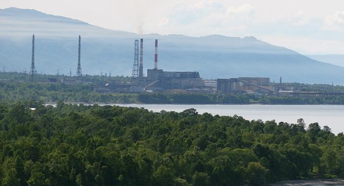 Un scandale s'est embrasé à la suite de l'ouverture de l'usine de cellulose et de papier BCBK en 1966 qui a provoqué un mouvement des scientifiques et des écologistes pour préserver ce lac unique. Crédit : Nikolaï Routine/RIA Novosti