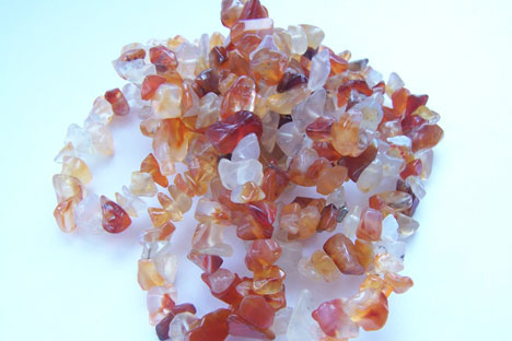 Flun Gumerov, president of the Almaz Holding jewelry company, notes that the goal of stepping out onto the international market is worthwhile, but it still is not clear how it will be achieved (Pictured: Cornelian gems). Source: ITAR-TASS