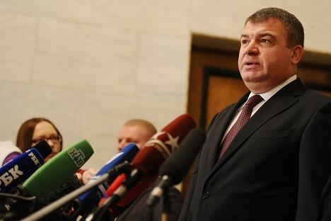 A la suite des actions de l'ancien ministre de la Défense, l'Etat a subi des dommages qui s'élèvent à plus de 1,2 million d'euros. Crédit : Itar-Tass