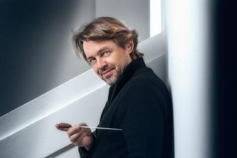 Il n'aime ni Wagner, ni la musique contemporaine, bien qu'il en joue. Source : Service de pesse