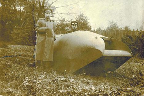 Le design du Vezdekhod était assez inhabituel. Sa coque était fuselée et devait être hermétique pour que le véhicule puisse se déplacer sur l'eau. Source : Wikipedia
