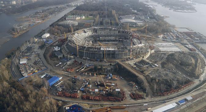En 2010, Gazprom Arena a été choisi pour devenir l'un des stades phares de la coupe du monde 2018. Crédit : PhotoXPress