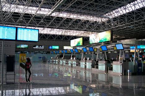 Aéroport de Sotchi, la salle de départ. Source : wikipedia.ru