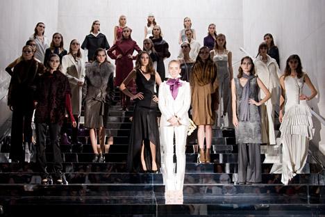 Parmi les maisons de mode russes à succès, la maison IRFE (pour les initiales de ses fondateurs Irina et Félix Ioussoupov) tient une place toute particulière. Crédit : Getty Images / Fotobank