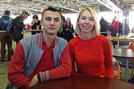 Artem Gontcharov et Anastasia Stepanova sont prêts à conquérir Mars. Crédit : Ekaterina Tourycheva