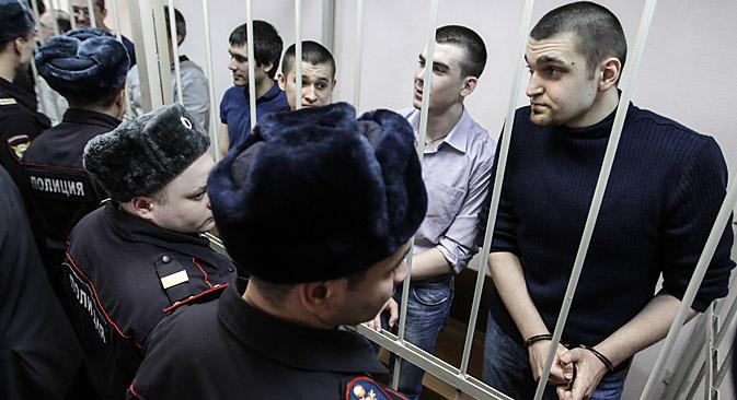 Auparavant 12 accusés avaient comparu devant le tribunal, mais avec l'amnistie proclamée en l'honneur des 20 ans de la Constitution, quatre personnalités ont été débarrassées des poursuites pénales. Crédit : Serguaï Savostianov / RG