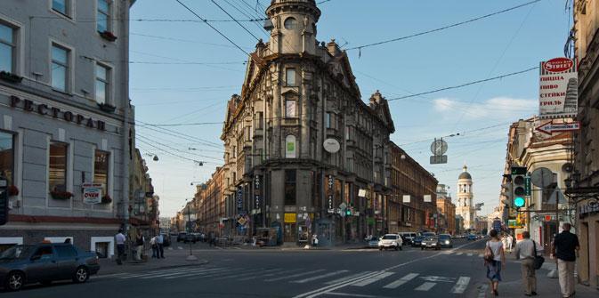 La rue Rubinstein est devenue l'un des lieux de résidence favoris des écrivains et musiciens russes célèbres. Crédit : Lori / Legion Media
