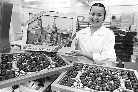 L'industrie soviétique de la confiserie a reproduit de nombreuses techniques et modèles de fabrication des sucreries de la Maison Abrikossov. Crédit : Itar-Tass