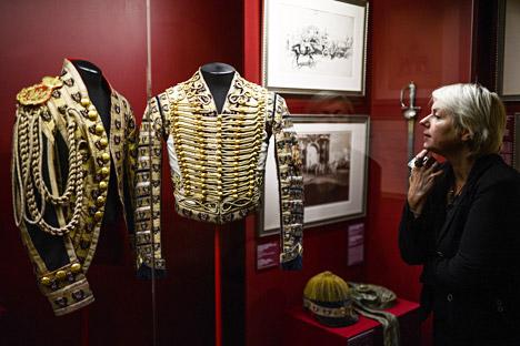 L'Empire russe était vraiment le pays des uniformes : tous les hommes, des écoliers aux fonctionnaires publics, portaient des tenues approuvées par l'empereur. Crédit : Vladimir Astapkovitch/RIA Novosti
