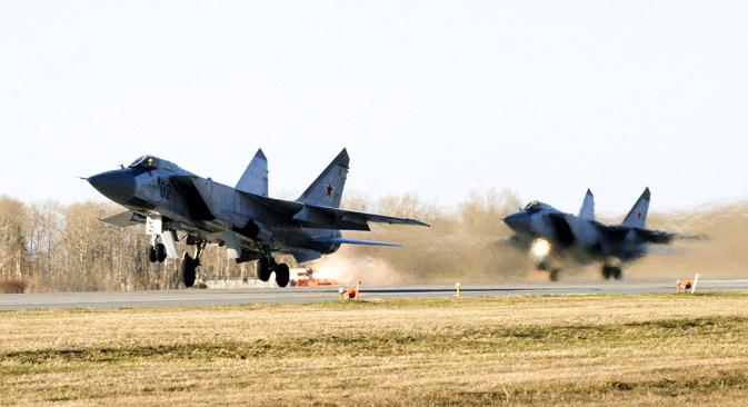 Le MIG-31 est capable d'intercepter et de détruire n'importe quelle cible : des satellites à basse altitude aux missiles de croisière. Crédit : Itar-Tass