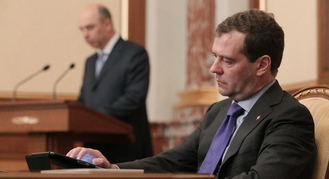 Dmitri Medvedev : « Nous ne souhaitons aucune rupture, nous aimerions que MasterCard et Visa poursuivent leur activité sur le territoire de la Fédération de Russie ». Crédit : Ekaterina Chtoukina/RIA Novosti
